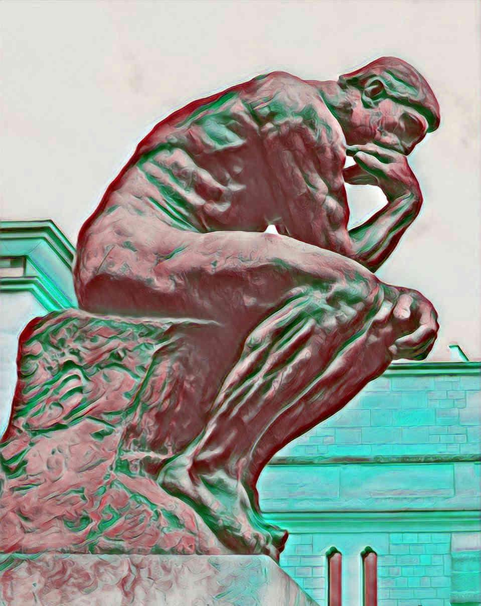 El Pensador de Rodin reflexionando sobre lo que ha hecho durante el día y cómo preparar el día de mañana