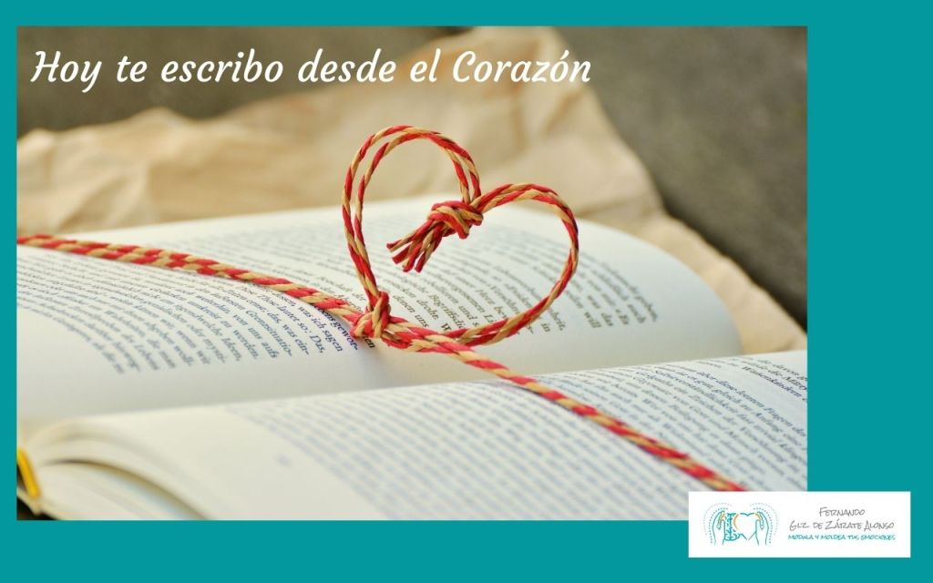 libro con un corazon mostrando que hoy te escribo desde el corazón, desde lo más profundo de mí y mi Emoción